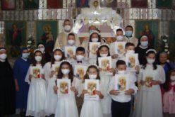 """Прва Света Причест во црквата """"Успение на Пресвета Богородица'' во Нова Маала"""