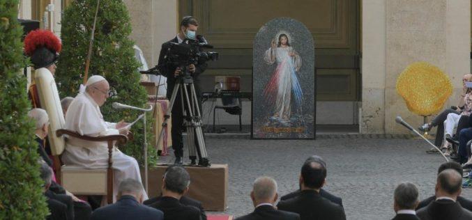 Пораката на Папата по повод празникот на Пресвето Срце Исусово