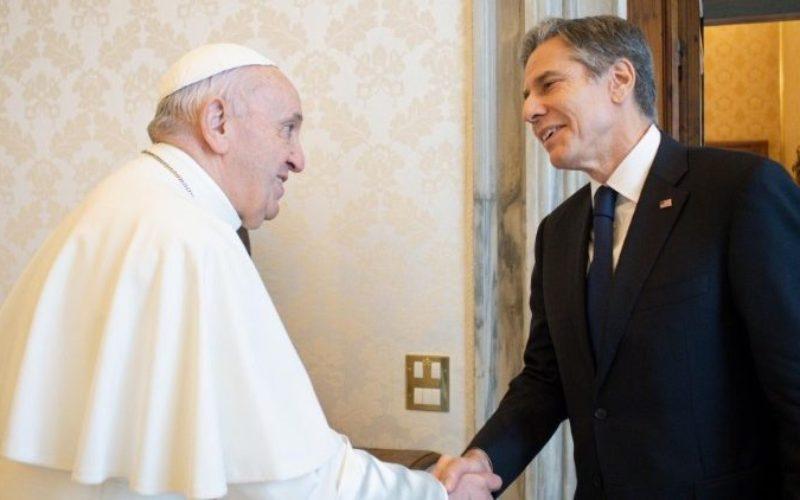 Папата го прими државниот секретар на САД