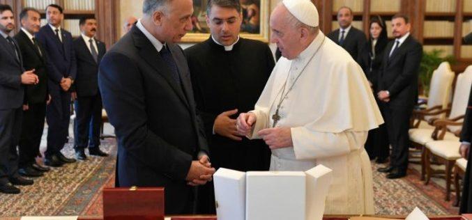 Папата Фрањо до ирачкиот премиер: Заштитете го присуството на христијаните
