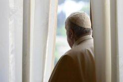 Папата Фрањо ќе биде опериран