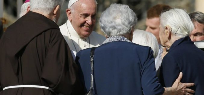 Порака на папата Фрањо за 1. Светски ден на дедовци, баби и стари лица