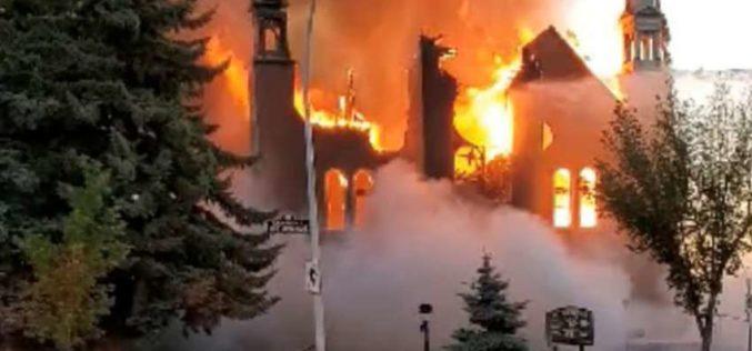 Во пожар изгоре црквата Свети Симон во Глазгов