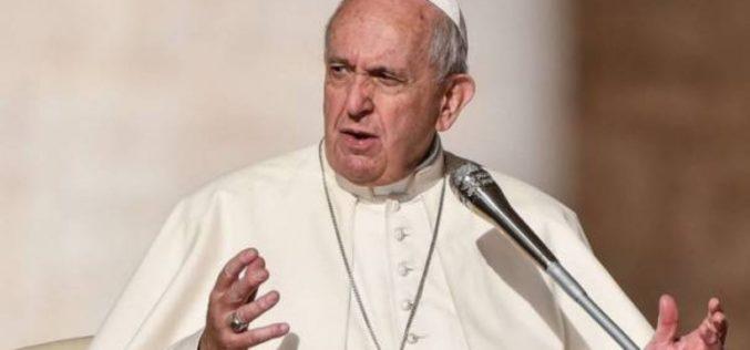 Твитер порака на папата Фрањо по повод Светскиот ден за борба против трговијата со луѓе