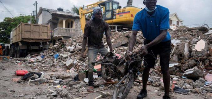 Молитви и солидарност за Хаити по катастрофалниот земјотресот