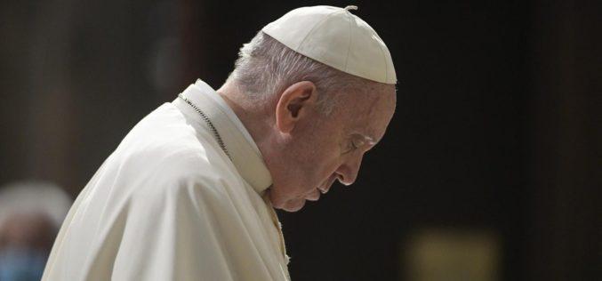 Папата упати сочувство по повод смртта на надбискупот Хосер