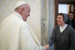 Папата именува монахиња за втор човек во Дикастеријата за целосен човечки развој