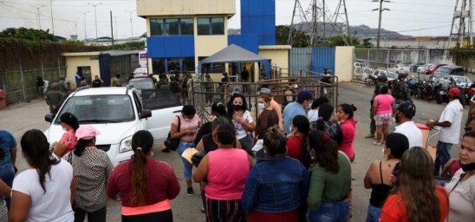 Папата Фрањо моли за прекин на насилствата во Еквадор и мир во Мјанмар