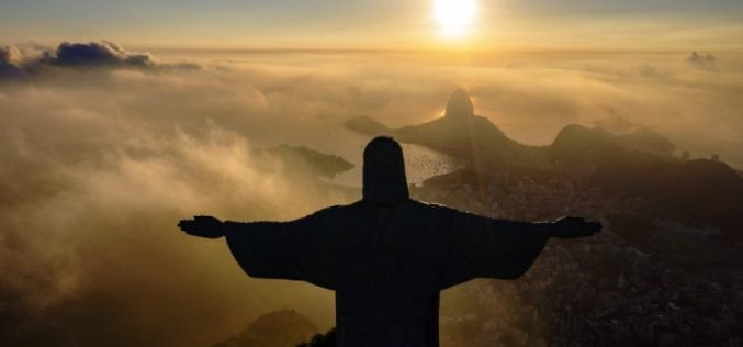Папата Фрањо: Статуата Христос Спасител во Рио е повик на помирување